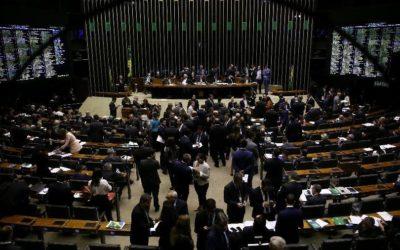Congresso e centrais veem fragilidades para trabalhador em MP mesmo após recuo de Bolsonaro
